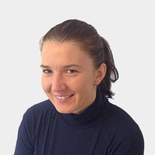 Mgr. Karolína Macharáčková
